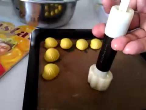 nastar kerang dengan cetakan sinlin yg praktis - YouTube
