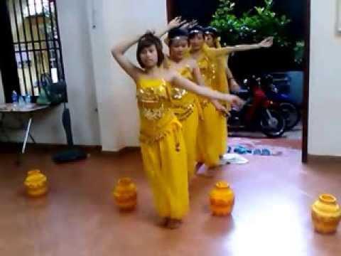 Múa Về Quê Cũ (Các cô giáo Trường Mầm Non Hoa Phượng)