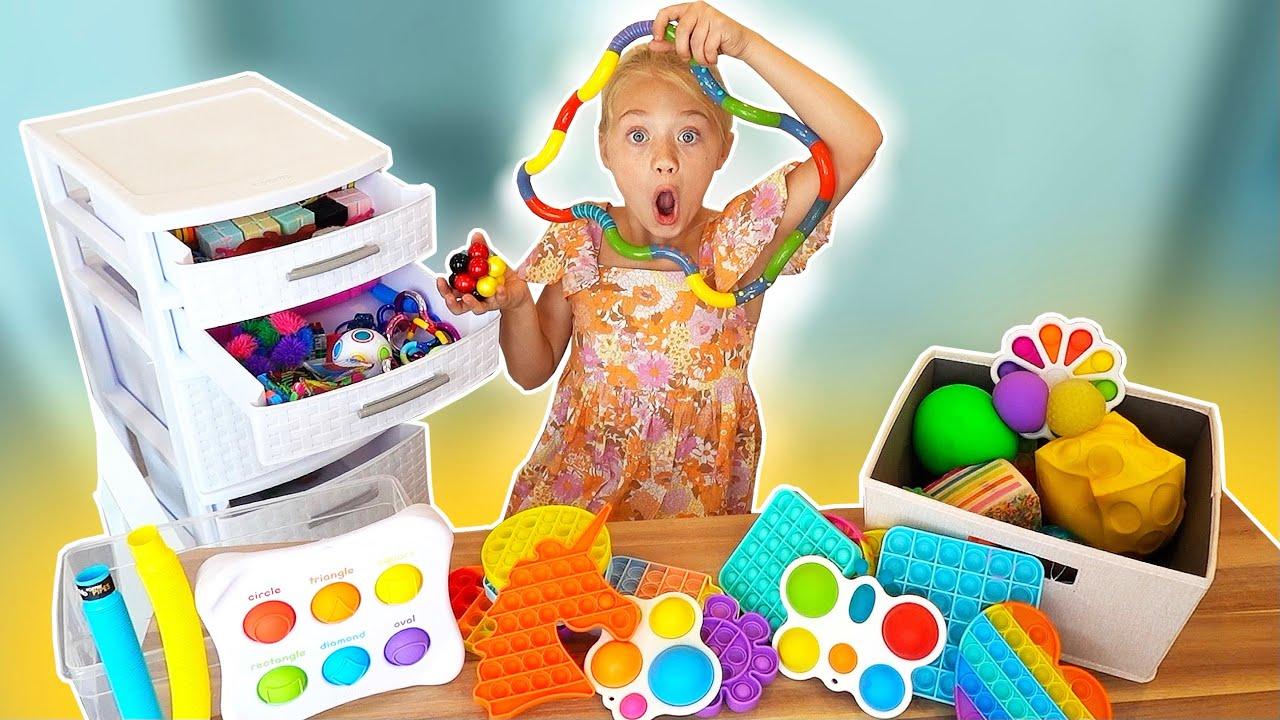 Download Everleigh's INSANE Fidget Toy Haul! (Must Watch)