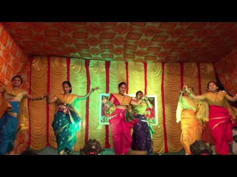 Koli dance by Matrubhumi Krida Mandal