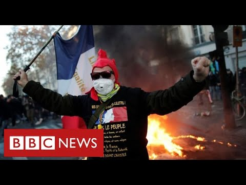 Clashes in Paris as thousands protest …