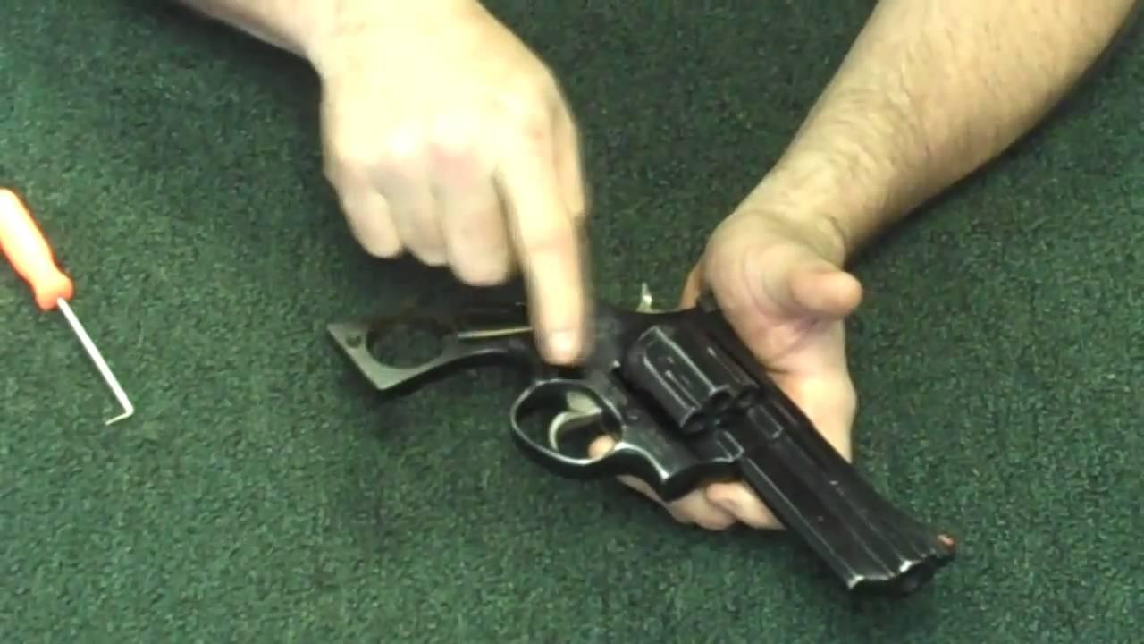 Gunsmithing: Taurus 608  357 Magnum Revolver Part 1 (Gunworks)