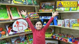 Matrax Oyuncak Fabrikasını Gezdik Dev Langırt Maçı Oyuncak Abi Vs Kerem