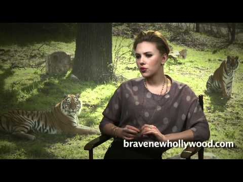 """We Bought A Zoo"" movie interviews"