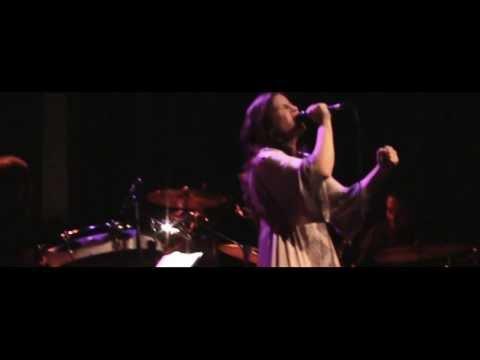 Cati Freitas - Do lado de Dentro - Misty Fest (Live)