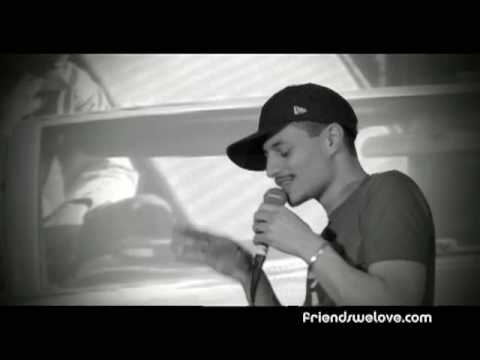 José James at the Friends We Love Festival :: En Vivo