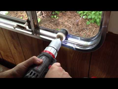 Polishing Aluminum Windows