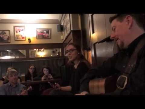 Singing The Parting Glass on a Musical Irish Pub Crawl