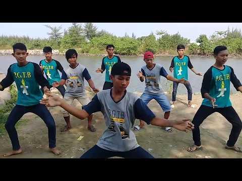 P.G.T.B - Di Tinggal Rabi (Official Video Clip)