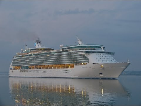 Cruise Ships & Other Vessels arriving in Southampton Docks - 02/06/2017