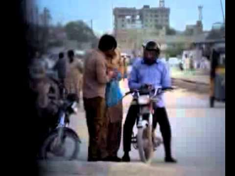 Mein Hoom Kaun, Commission dein aur Sharab Ghar bethay dastiyaab