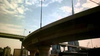 экскурсия по дубаю(кусок экскурсии, башня штаны., 2011-03-01T10:23:33.000Z)