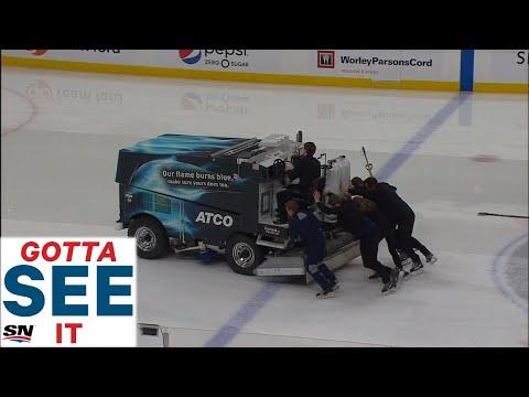 GOTTA SEE IT: Oilers' Zamboni Breaks Down, Crew Pushes It Off Ice