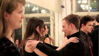 Петербург танцует вальс - новый формат обучения танцам в Петербурге