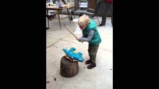 Funny video - Piñata meets its end at hands of merciless 5yo.