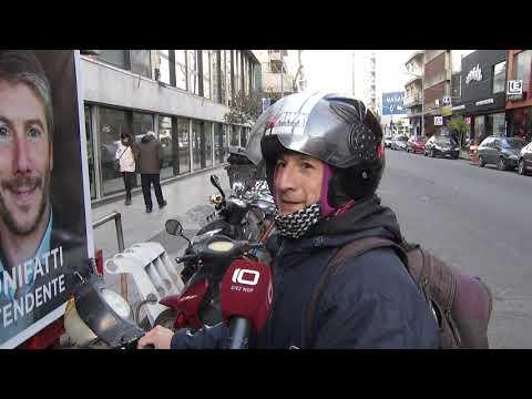 Motociclistas sin casco