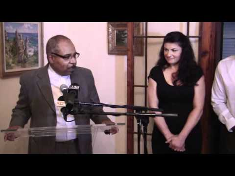 Premier Hosts Reception For Teresa Perozzi Bermuda January 17 2012