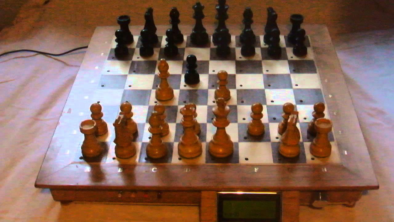 Arduino & Raspberry Pi chess computer using Stockfish & reed