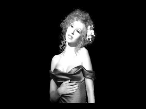 CHRISTINA AGUILERA - AINT NO WAY (GRAMMY 2011 AUDIO)