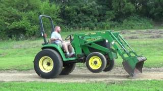 2000 JOHN DEERE 4400 4X4 TRACTOR WITH LOADER....35 HP!!