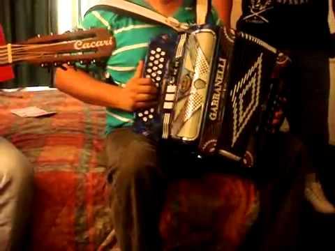 El Palomito Alterada  esto si es tocar acordeon