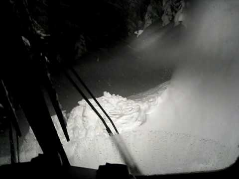 pushing snow... dyer mnt big storm jan 2010 tucker sno cat