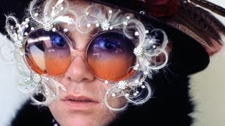 Elton John - Pub Piano Christmas Medley (BBC Radio 1973)