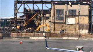 LGA LaGuardia Airport New York Hangar Demolition...Yikes! Mp3