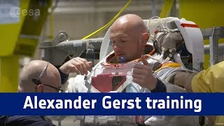 Alexander Gerst training in Houston