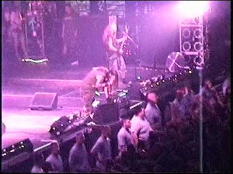 PANTERA - MOUTH FOR WAR LIVE IN West Virginia 2001