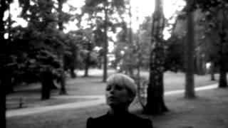 Petra Marklund - Händerna mot himlen