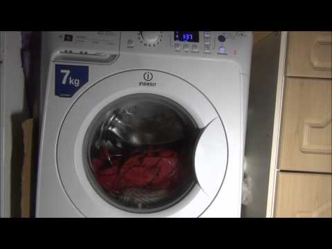 Indesit PRIME PWE71420 : White cotton 60'c Easy iron + extra rinse (Complete cycle)