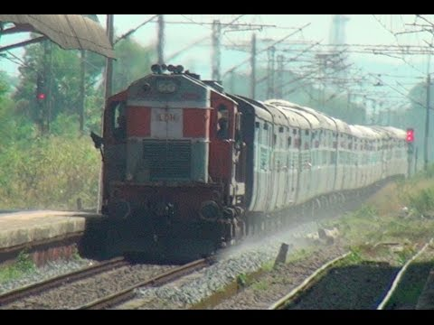 Bandra Terminus Chandigarh Superfast Express Flexing Its Muscles at Kelve Road