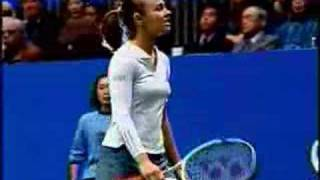 Repeat youtube video Martina Hingis (nipples)