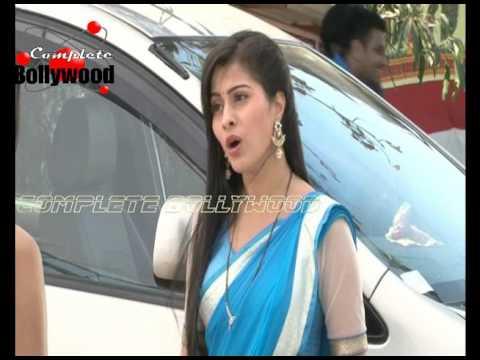 On Location of TV serial 'Kalash Ek Vishwaas'  Devika Packing to leave
