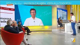 Diego Fusaro: 'Stanno deportando masse di esseri umani fingendo di integrarli'