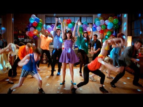 'New Girl' Interactive Music Video for the Full Theme Song 'Hey Girl' performed by Zooey Deschanel