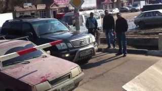 Каллапс на переезде Раменский р-он,п.Удельная.(, 2013-04-15T11:49:52.000Z)