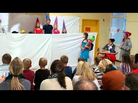Theater in Johann-Wolf-Grundschule -Nörten-Hardenb