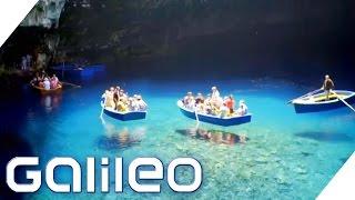 Schwebende Boote auf dem Höhlensee von Melissani | Galileo Lunch Break