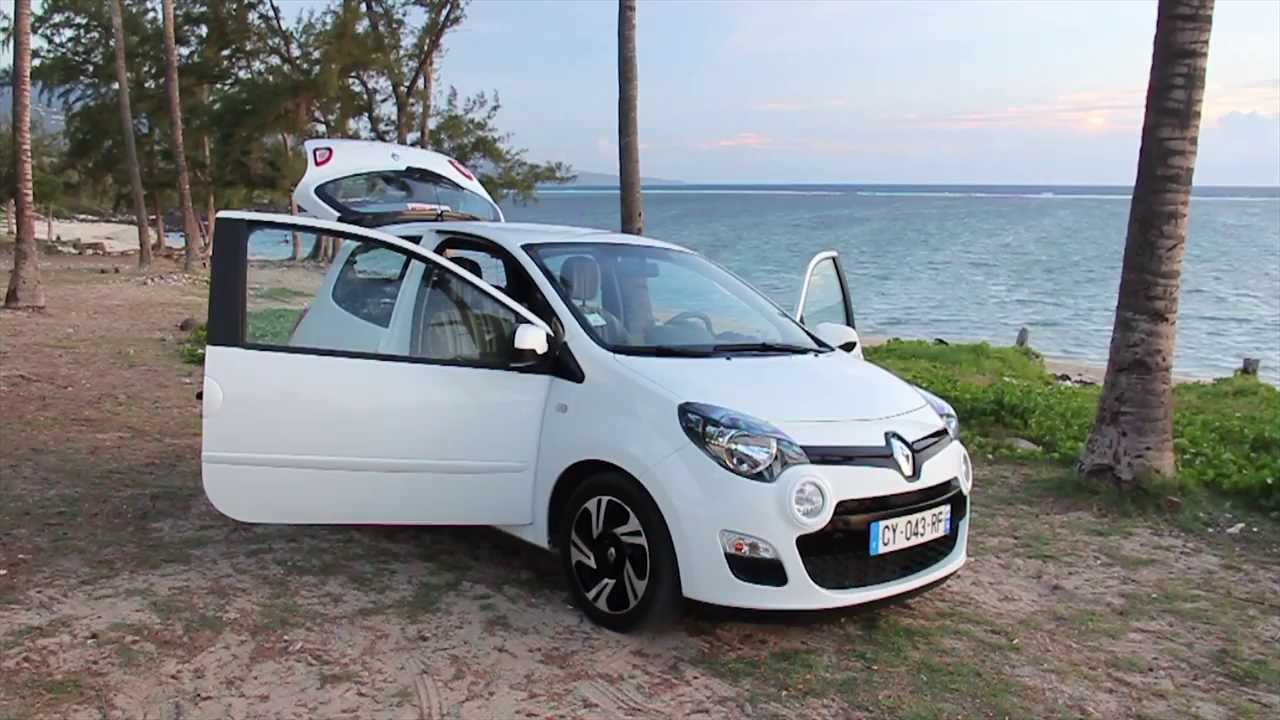location voiture r union super eco renault twingo youtube. Black Bedroom Furniture Sets. Home Design Ideas