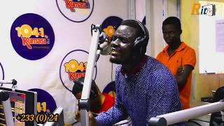 OMG!! Anointed Worshiper, Paul Jnr. exploits @ Kumasi 104.1 FM Live Worship with DJ Ike