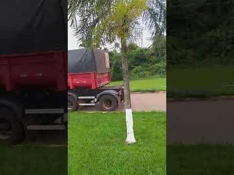 Cascavel filmando o caminhão do baixinho Perdigão Rio Verde