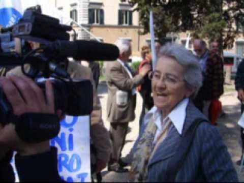 2009 04 23 Roma per il Testamento biologico: Alemanno blocca il Campidoglio per un'ora