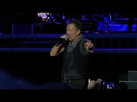 Bruce Springsteen - Ullevi Gothenburg 23-07-16 - Fade Away (HD from 4K)