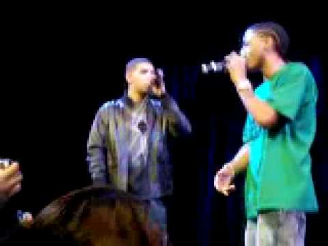 Trey Songz and Drake Performing Replacement Girl