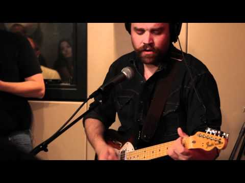 Frightened Rabbit - Swim Until You Can't See Land (Live on KEXP)