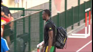 Usain Bolt Pranks a Girl at World Athletics Champs 2013