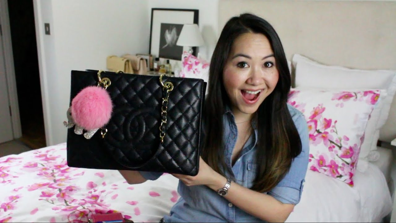 What S In My Bag Amp Mini Chanel Gst Review Youtube