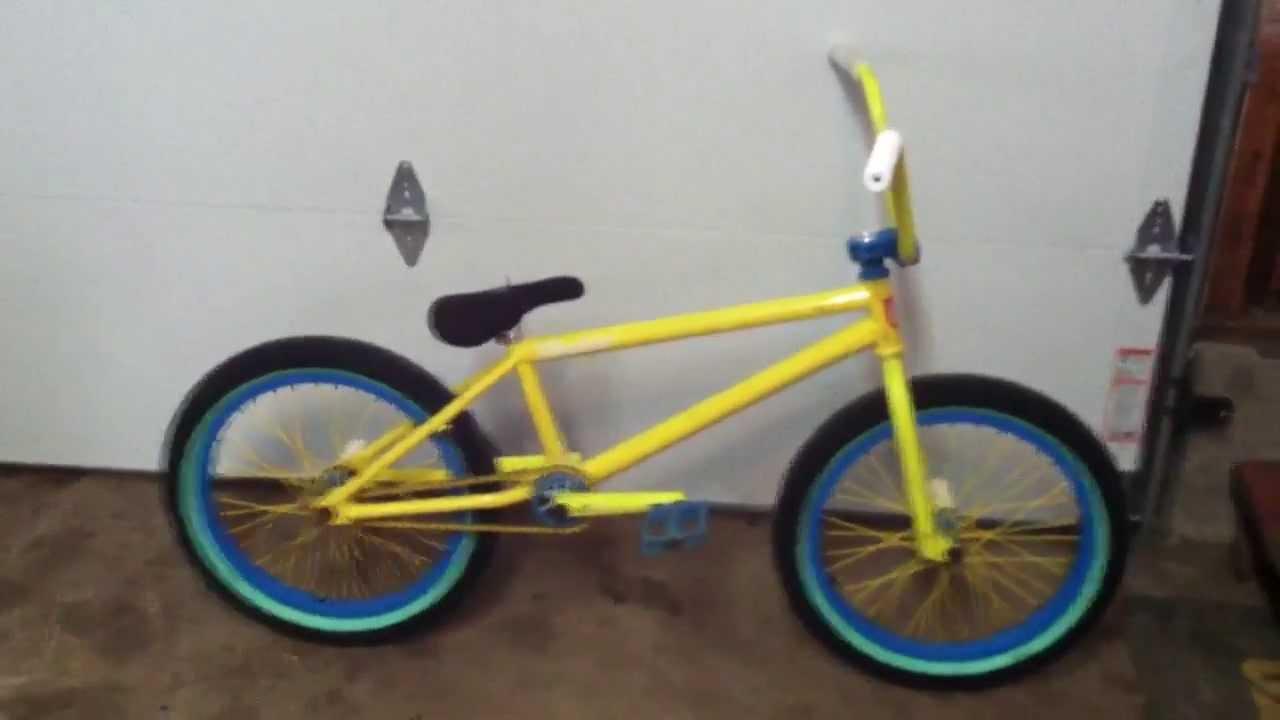 Custom S&M Bike check - YouTube